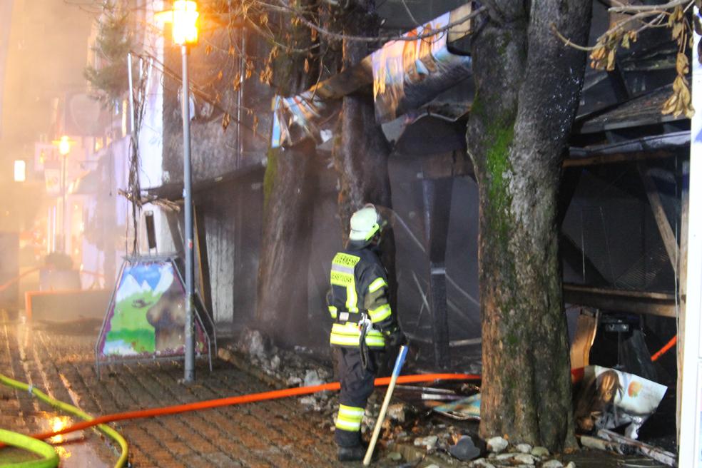 15-01-2014 oberallgaeu oberstdorf grossbrand hotel traube feuerwehr benli new-facts-eu20140115 0231