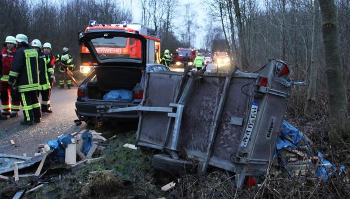 22-01-2014 unterallgau heimertingen unfall pkw-anhanger poeppel new-facts-eu20140122 titel