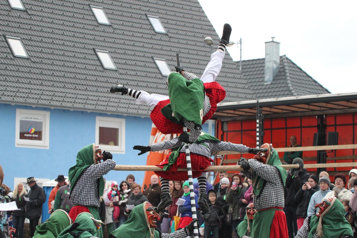 01-02-2014 biberach tannheim-narrenumzug fascing masken narrenzunft-tannheim poeppel new-facts-eu20140201 0198