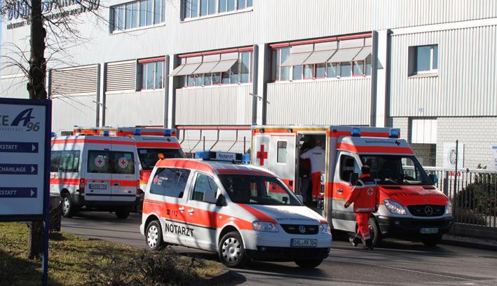 24-02-2014 unterallgaeu tuerkheim explosion halle feuerwehr groll new-facts-eu20140224 titel