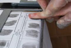fingerabdruecke pressefoto new-facts-eu