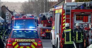 19-03-2014 neu-ulm pfuhl rauchentwicklung wohnhaus feuerwehr zwiebler new-facts-eu20131128 titel