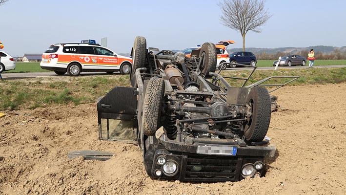 01-04-2014 unterallgaeu bad-groenenbach unfall ueberschlag first-responder feuerwehr poeppel groll new-facts-eu20140401 titel