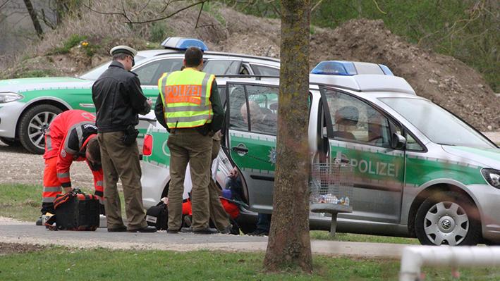 03-04-2014 unterallgaeu ettringen polizei-sonderlage mann haus verschanzt groll new-facts-eu20140403 titel