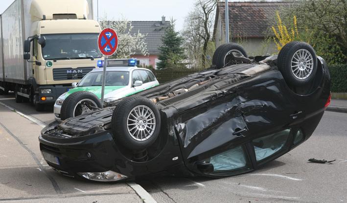 04-04-2014 guenzburg leipheim unfall leipheim rettungshubschrauber zwiebler new-facts-eu20131128 titel