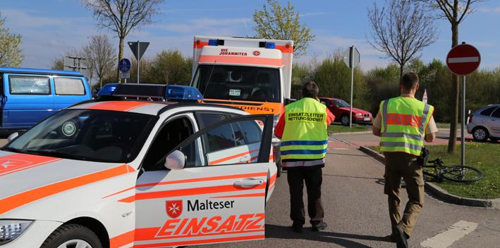 11-04-2014 b300 steinheim pkw radfahrer unfall poeppel new-facts-eu20140411 titel