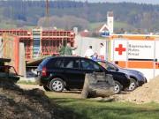 17-04-2014-unterallgaeu-unterauerbach-arbeitsunfall-16jaehriger-stirbt-betonschalung-kran-poeppel-new-facts-eu titel