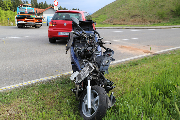 26-04-2014-wessensberg-unfall-pkw-roller-poeppel-new-facts-eu