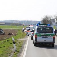 01-04-2014_unterallgaeu_bad-groenenbach_unfall_ueberschlag_first-responder_feuerwehr_poeppel_groll_new-facts-eu20140401_0004