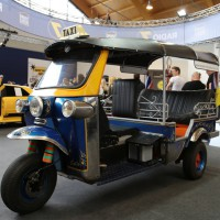 01-05-2014-friedrichshafen-tuning-world-2014-poeppel-groll-new-facts-eu_0167