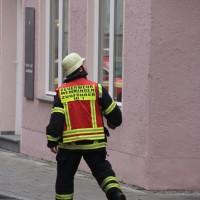02-01-2014_memmingen_rauchentwicklung_altstadt_einlass_feuerwehr_poeppel_new-facts-eu20140102_0009