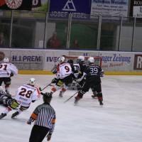 02-02-2014_eishockey_bayernliga-indians_ecdc-memmingen_esc-hassfurt_fuchs_new-facts-eu20140202_0007