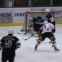 02-02-2014_eishockey_bayernliga-indians_ecdc-memmingen_esc-hassfurt_fuchs_new-facts-eu20140202_0008