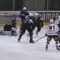 02-02-2014_eishockey_bayernliga-indians_ecdc-memmingen_esc-hassfurt_fuchs_new-facts-eu20140202_0010