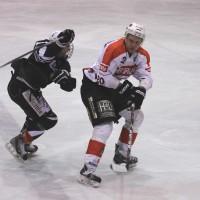 02-02-2014_eishockey_bayernliga-indians_ecdc-memmingen_esc-hassfurt_fuchs_new-facts-eu20140202_0015
