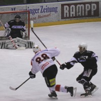 02-02-2014_eishockey_bayernliga-indians_ecdc-memmingen_esc-hassfurt_fuchs_new-facts-eu20140202_0028