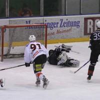 02-02-2014_eishockey_bayernliga-indians_ecdc-memmingen_esc-hassfurt_fuchs_new-facts-eu20140202_0040