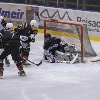 02-02-2014_eishockey_bayernliga-indians_ecdc-memmingen_esc-hassfurt_fuchs_new-facts-eu20140202_0045