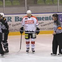 02-02-2014_eishockey_bayernliga-indians_ecdc-memmingen_esc-hassfurt_fuchs_new-facts-eu20140202_0048