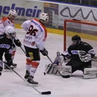 02-02-2014_eishockey_bayernliga-indians_ecdc-memmingen_esc-hassfurt_fuchs_new-facts-eu20140202_0059