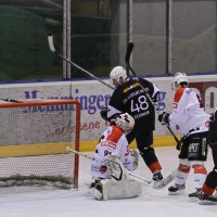 02-02-2014_eishockey_bayernliga-indians_ecdc-memmingen_esc-hassfurt_fuchs_new-facts-eu20140202_0066