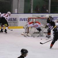 02-02-2014_eishockey_bayernliga-indians_ecdc-memmingen_esc-hassfurt_fuchs_new-facts-eu20140202_0073