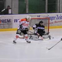 02-02-2014_eishockey_bayernliga-indians_ecdc-memmingen_esc-hassfurt_fuchs_new-facts-eu20140202_0077