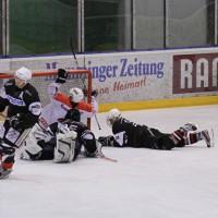02-02-2014_eishockey_bayernliga-indians_ecdc-memmingen_esc-hassfurt_fuchs_new-facts-eu20140202_0088