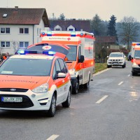 02-02-2014_guenzburg_hairenbuch_unfall_vorfahrt_45-km-h-pkw-foto-weiss_new-facts-eu20140202_0004
