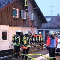 02-02-2014_ostallgaeu_marktoberdorf_kabelbrand_dach_wohnhaus_feuerwehr-mod_bringezu_new-facts-eu20140202_0005