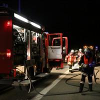 02-04-2014_bab-a7_woringen_pkw-brand_feuerwehr-bad-groenenbach_poeppel_new-facts-eu20140402_0003