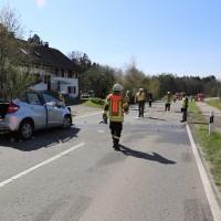 02-04-2014_lindau_oberreitnau_lkw_pkw_wohnwagen_unfall_schwerverletzte_groll_new-facts-eu20140402_0008