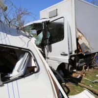 02-04-2014_lindau_oberreitnau_lkw_pkw_wohnwagen_unfall_schwerverletzte_groll_new-facts-eu20140402_0020