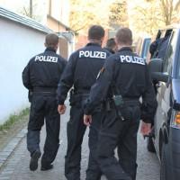 02-04-2014_memmingen_mindelheim_durchsuchungs-festnahmeaktion_geldautomaten_polizei_groll_new-facts-eu20140402_0012