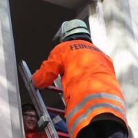 02-11-2013_biberach_gutenzell_kirche_brandschutzubung_feuerwehr-gutenzell_poeppel_new-facts-eu20131102_0058