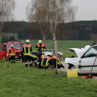 03-04-2014_ostallgaeu_weinhausen_beckstetten_jengen_unfall_frontalzusammenstoss_herbst_new-facts-eu20140403_0002