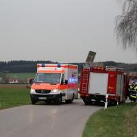 03-04-2014_ostallgaeu_weinhausen_beckstetten_jengen_unfall_frontalzusammenstoss_herbst_new-facts-eu20140403_0009