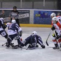 03-11-2013_memmingen_eishockey_indians_ecdc_ev-lindau_niederlage_fuchs_new-facts-eu20131103_0006