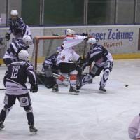 03-11-2013_memmingen_eishockey_indians_ecdc_ev-lindau_niederlage_fuchs_new-facts-eu20131103_0022