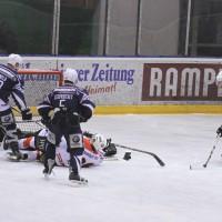 03-11-2013_memmingen_eishockey_indians_ecdc_ev-lindau_niederlage_fuchs_new-facts-eu20131103_0066