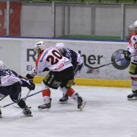 03-11-2013_memmingen_eishockey_indians_ecdc_ev-lindau_niederlage_fuchs_new-facts-eu20131103_0067