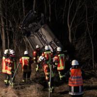 04-01-2014_bab-a7-gronenbach_unfall_uberschlag_feuerwehr_first-responder_poeppel_new-facts-eu20140104_0025