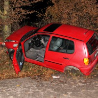 04-12-2013_gunzburg_b10_nornhorn_pkw-reifen-verloren_obeser_new-facts-eu20131204_0003