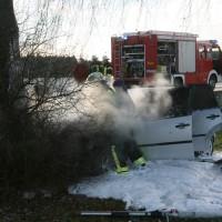 PKW Brand nach VU Autenried-Biberberg
