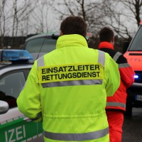 07-02-2014_b12_marktoberdorf_kaufbeuren_unfall_frontal_verletzte_bringezu_new-facts-eu20140207_0013