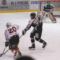 10-01-2014_ecdc-memmingen_indians_eishockey_hochstadter-ec_sieg_fuchs_new-facts-eu20140110_0082