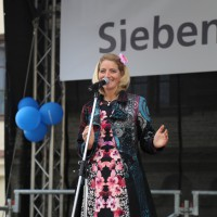 10-05-2014_memmingen_blumenkoenigin_memmingen-blueht_tanz-fest_poeppel_new-facts-eu0083