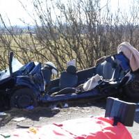 11-02-2014_b12-Altdorf_geisenried_sieben-schwerverletzte_feuerwehr_lkw_pkw_poeppel__bringezu_new-facts-eu20140211_0016