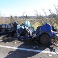11-02-2014_b12-Altdorf_geisenried_sieben-schwerverletzte_feuerwehr_lkw_pkw_poeppel__bringezu_new-facts-eu20140211_0023
