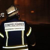 11-10-2013_feuerwehr-turkheim_jahreshauptubung_loschubung_poeppel_new-facts-eu20131011_0016